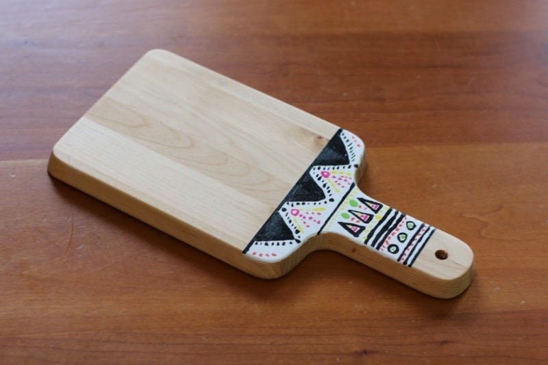 Tribal Cutting Board DIY