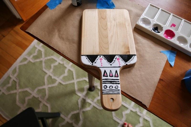 Tribal Cutting Board DIY