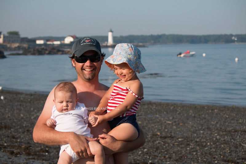 beach with kids --what to bring and what to skip - ALL THINGS BIG AND SMALL