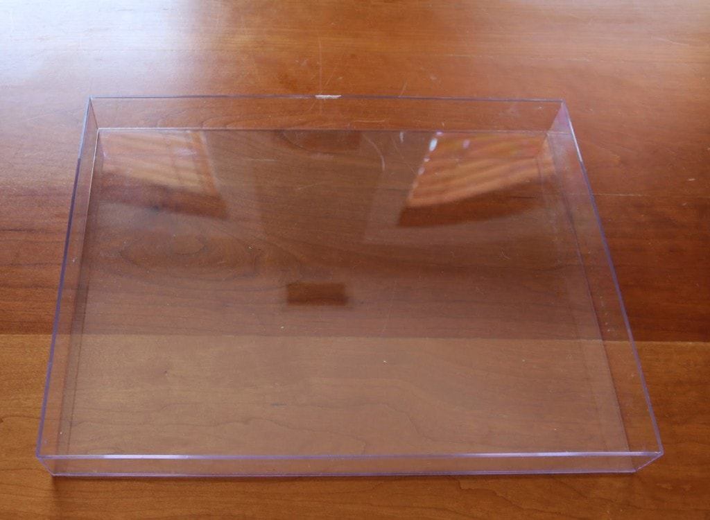 DIY Gold and Lucite Tray budget-friendly tutorial- this lucite tray is super easy!