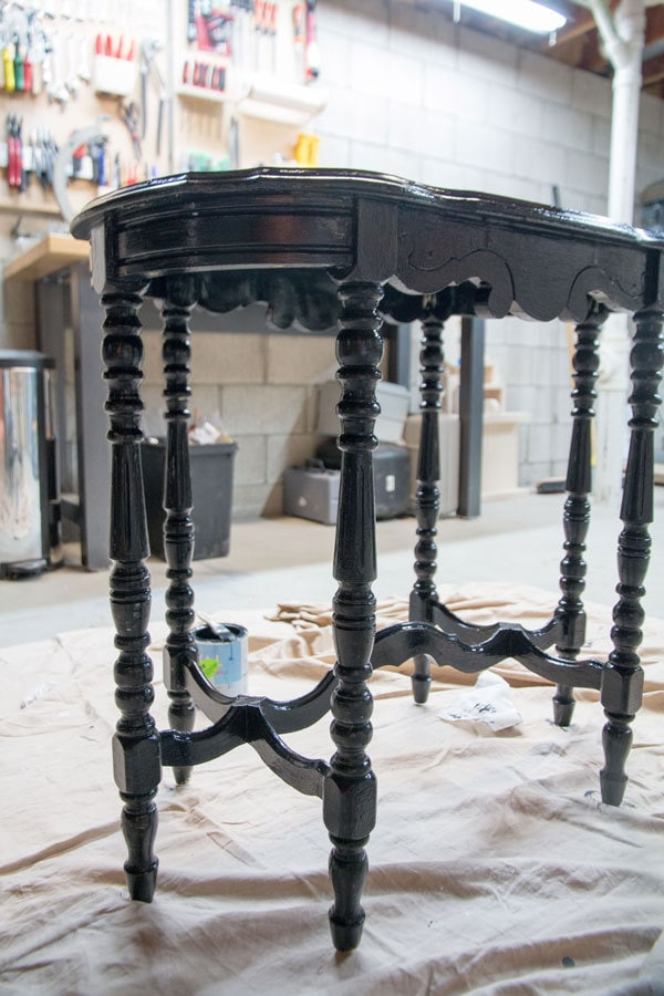 DIY Paint Furniture | How to Paint Furniture tutorial with free E-Book by All Things Big and Small