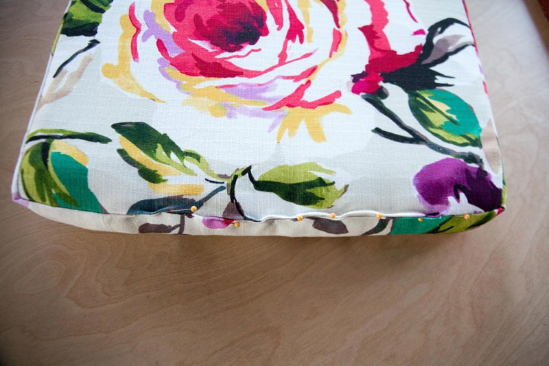 diy-upholstered-cushion-22
