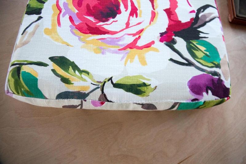 diy-upholstered-cushion-23