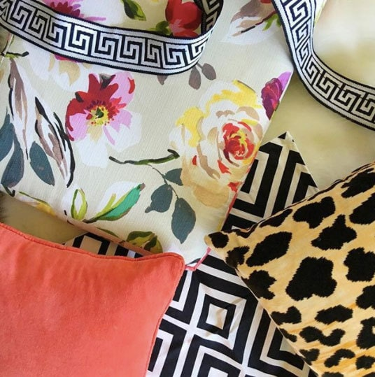 mixing fabric patterns and pillow patterns