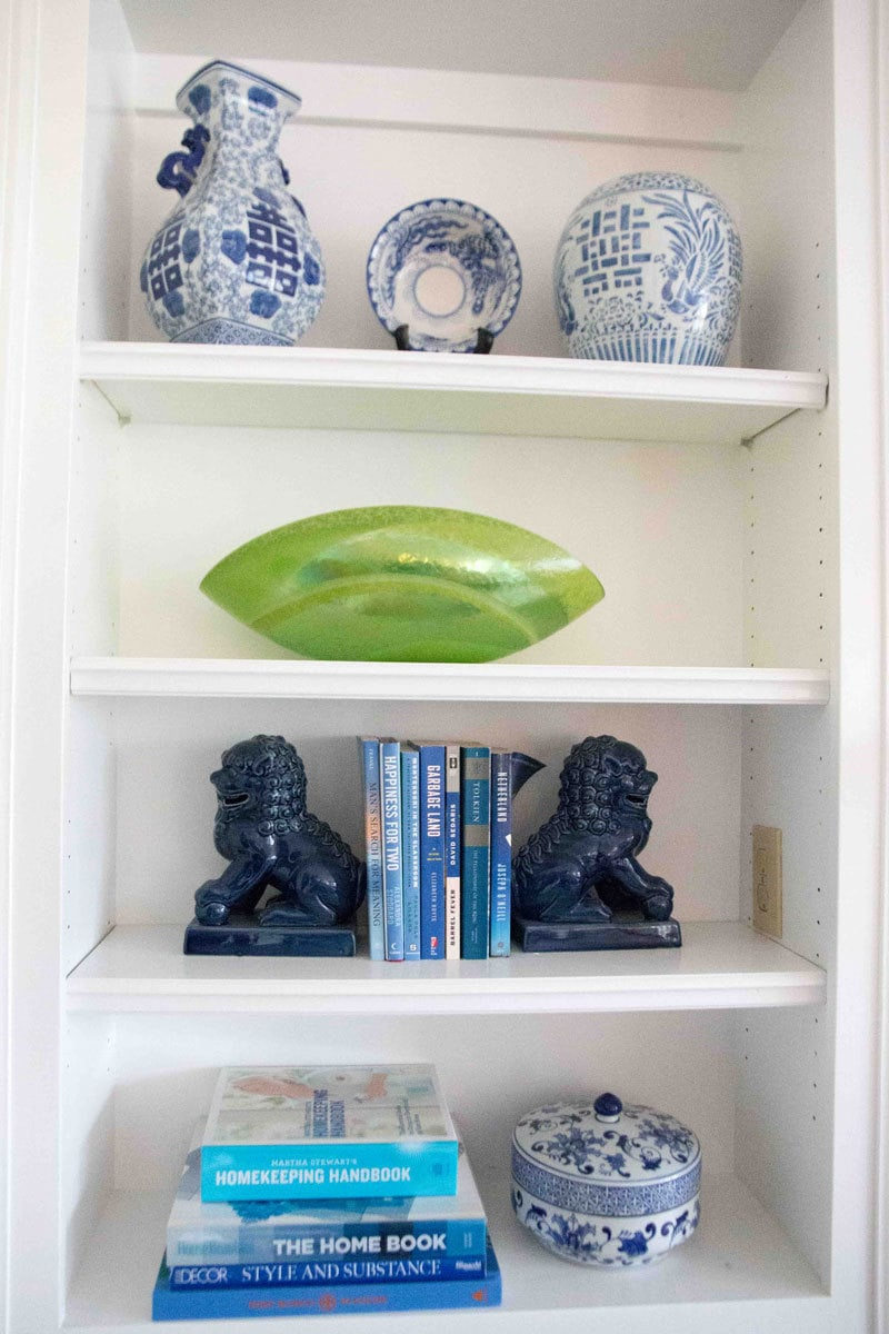 how-to-style-a-bookcase-1