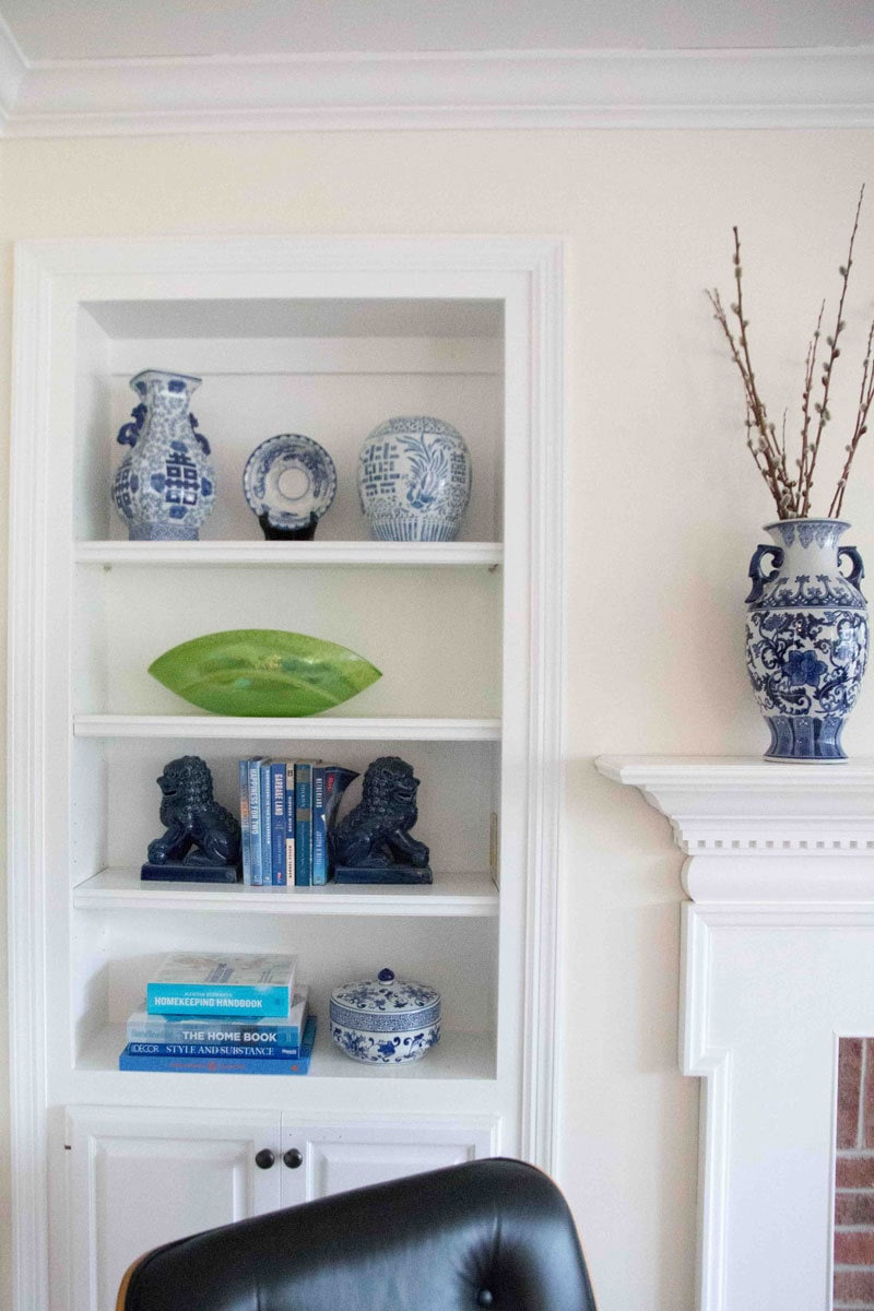 how-to-style-a-bookcase-2