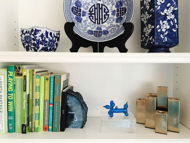 how-to-style-a-bookshelf-5