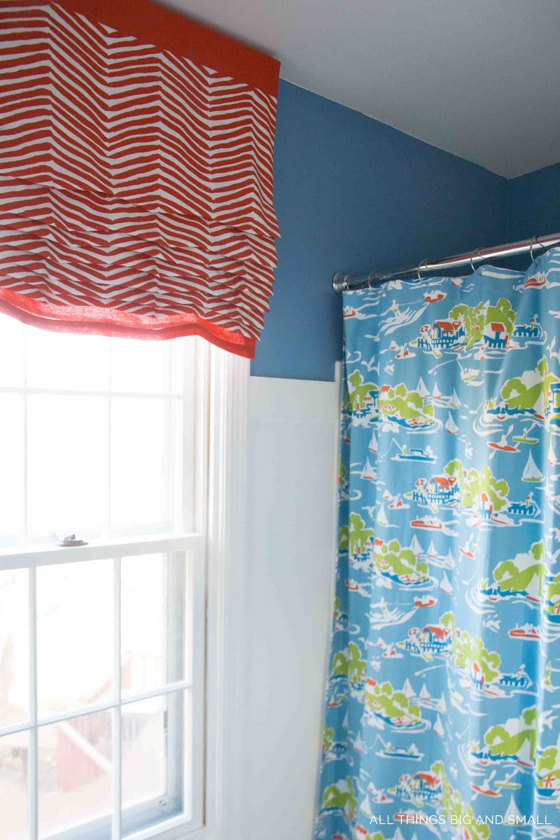 Best Shower Curtains For Your Home | 20 Best Shower Curtains | Stylish Shower Curtains | Decorate Bathroom | All Things Big and Small Blog - 20 Best Shower Curtains to Decorate Your Bathroom by popular home decor blogger DIY Decor Mom