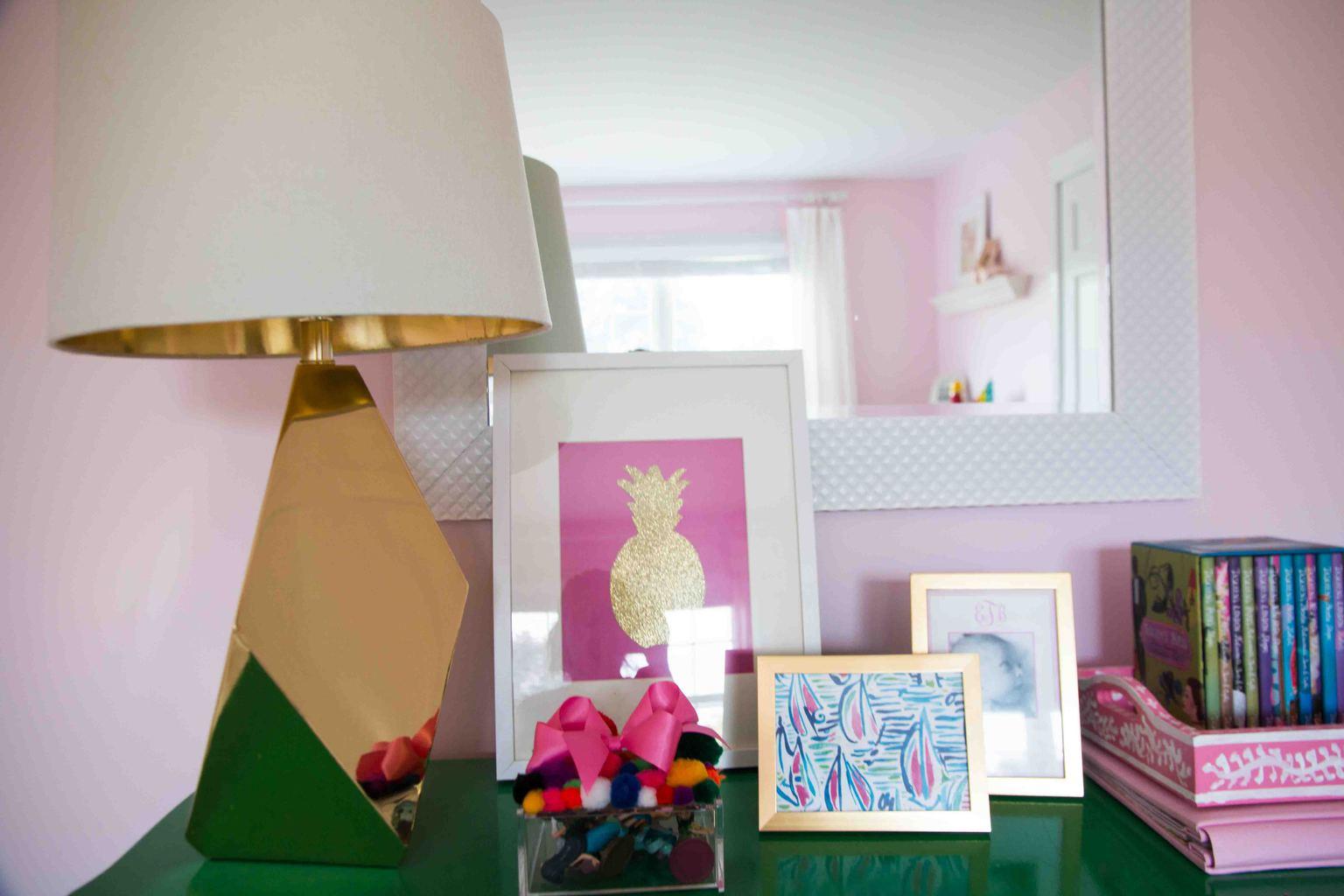 Budget Friendly art | Budget friendly artwork for your home| Easy DIY art - Budget Art by popular home decor blogger DIY Decor Mom