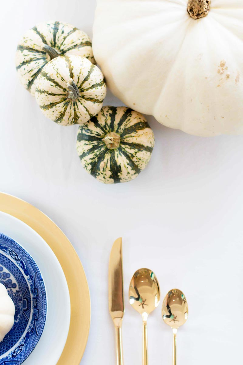 FALL TABLESCAPE | love this easy and beautiful thanksgiving tablescape for busy mamas! ALL THINGS BIG AND SMALL BLOG