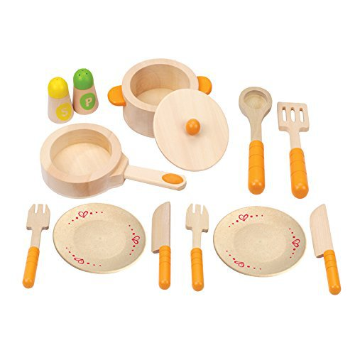 Wooden Plates for Play Kitchen | Kids Play Kitchen utensils | Montessori Gifts that Kids AND Parents Will Love by popular mom blogger DIY Decor Mom