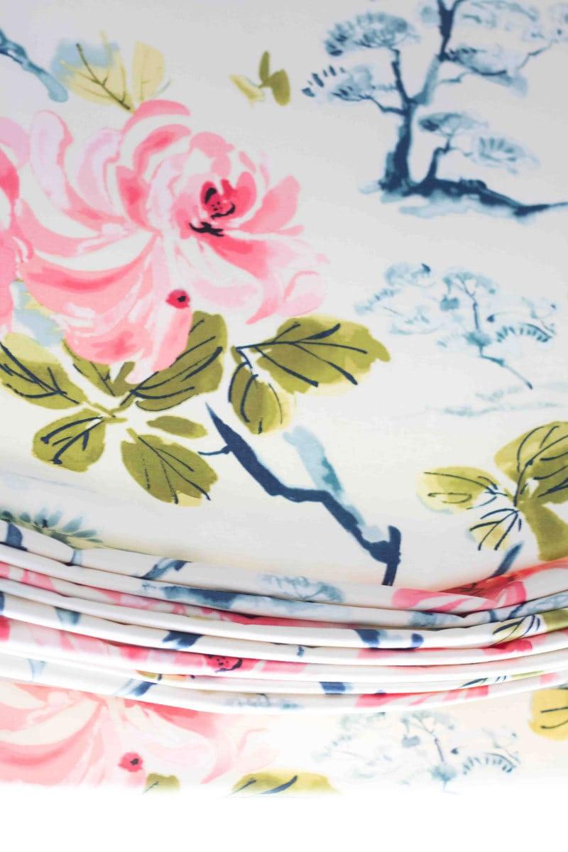 beautiful folds of fabric on DIY Roman Shade