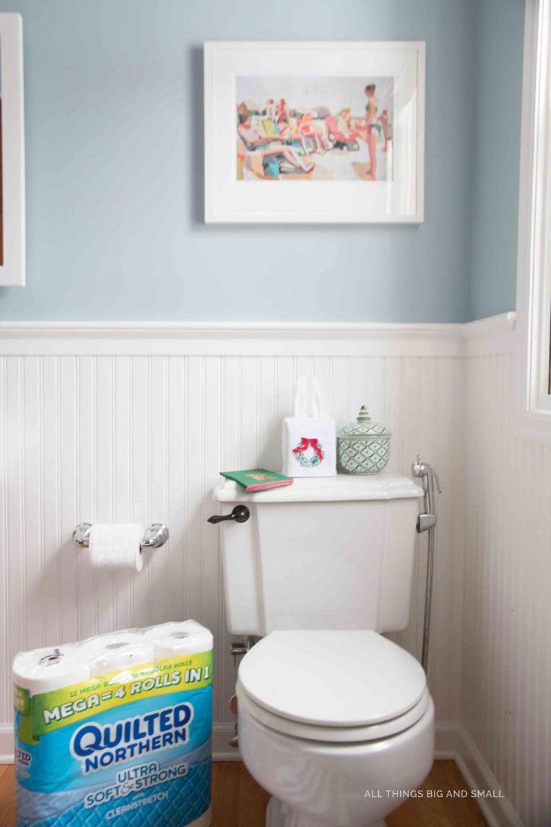 xmas-bathroom-4