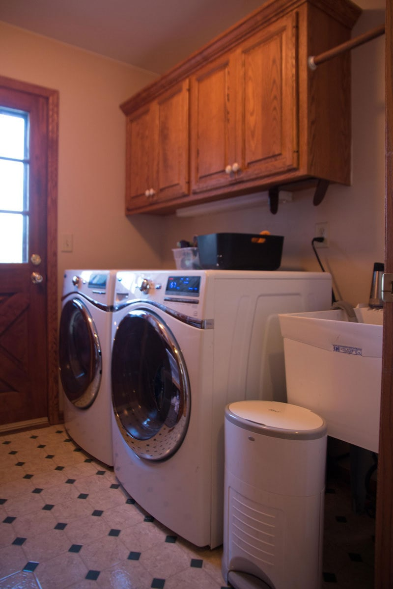 LAUNDRY ROOM REORGANIZATION | BEFORE AND AFTER LAUNDRY ROOM | ALL THINGS BIG AND SMALL FOR ANGIES LIST