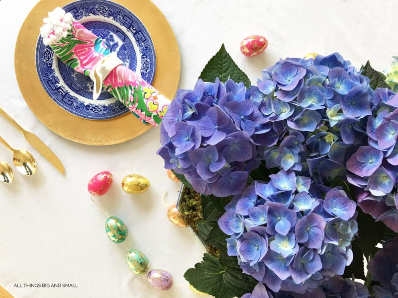 How to Add Color to Your Easter Table | ALL THINGS BIG AND SMALL | EASTER TABLESCAPE