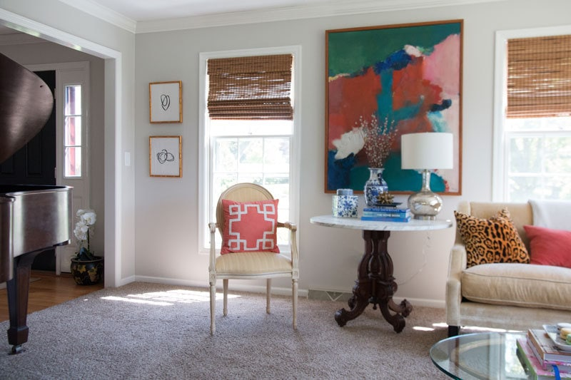 make abstract art in minutes and have it look super expensive--budget friendly art for your home