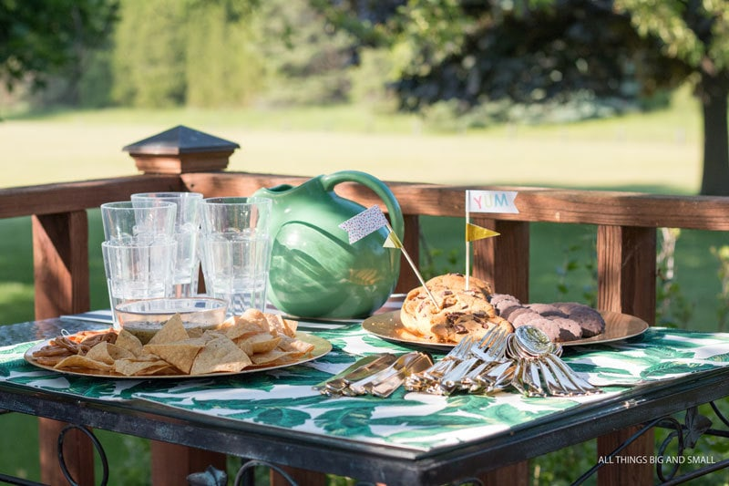 how to host an easy outdoor party | ALL THINGS BIG AND SMALL