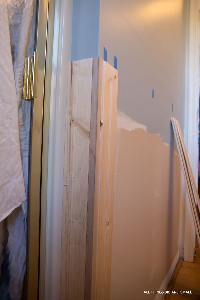 how to install beadboard around corners in a beadboard bathroom