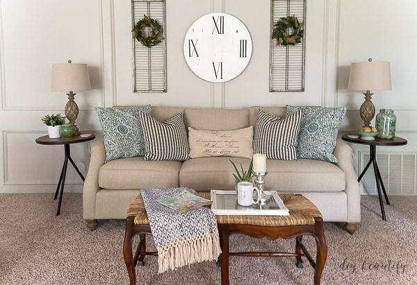 repose gray DIY Beautify- gray paint colors sherwin williams
