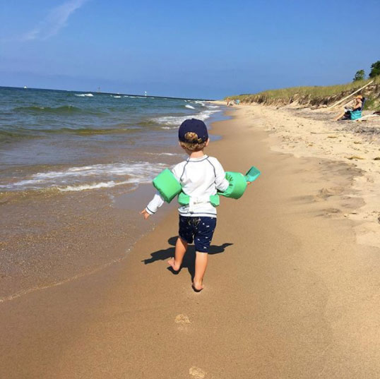Kids at the beach - ALL THINGS BIG AND SMALL