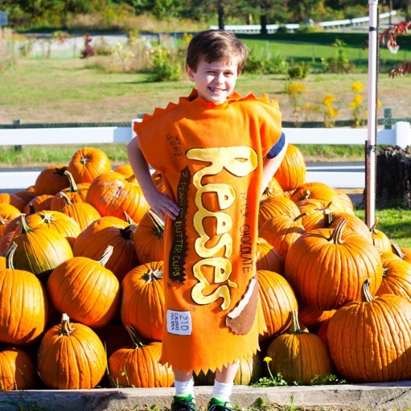 DIY Kids Costumes- Reeses Peanut Butter Cup