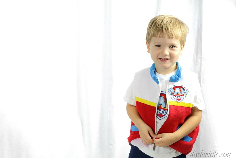diy kids costume- halloween paw patrol