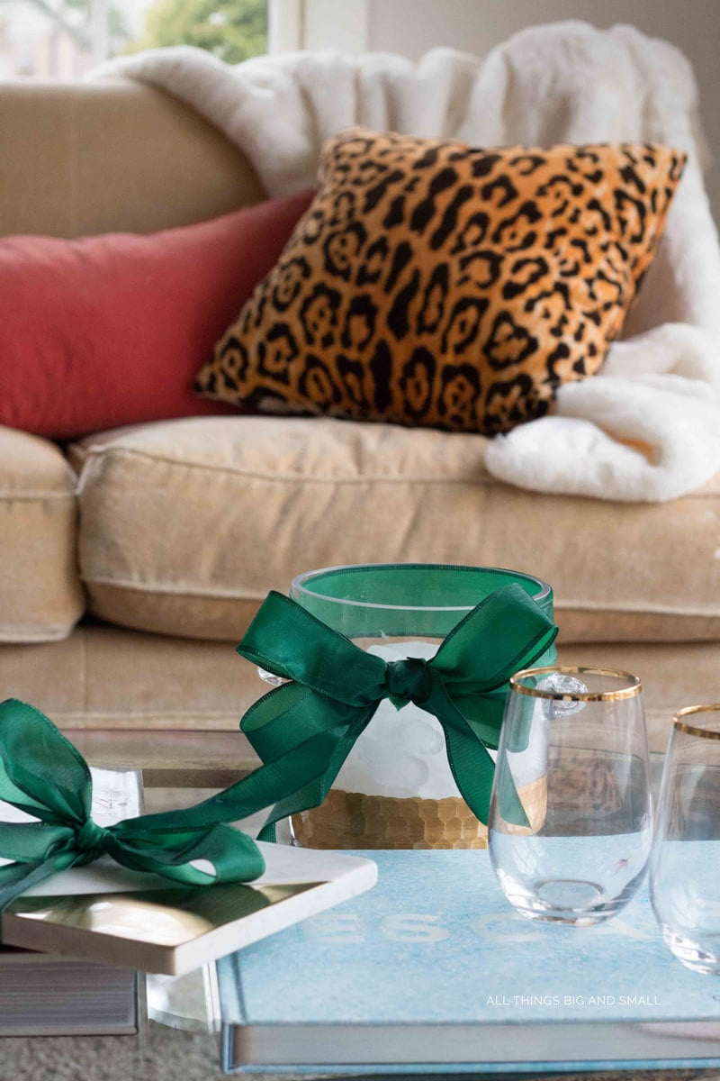 gifts for hostesses