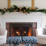 Christmas Tour 2017: One Mantel Two Different Ways