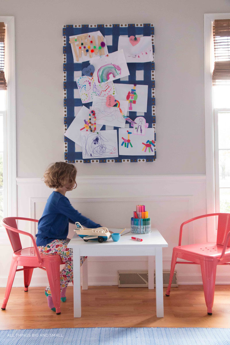 LOVE this kids drawing playroom decor ideas
