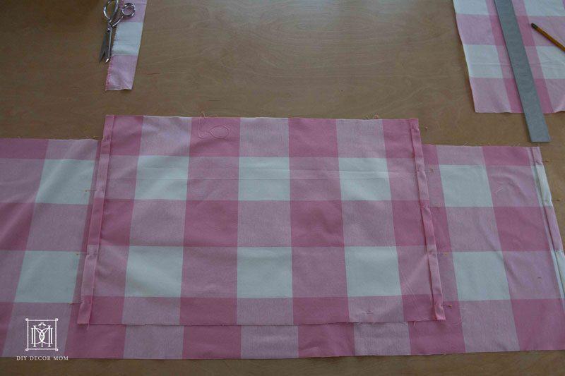 baby crib skirt pattern | DIY crib skirt tutorial | pink crib skirt