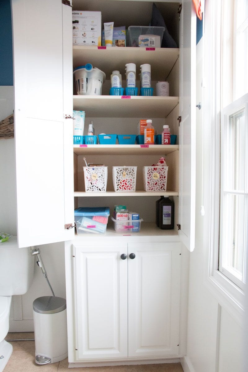Home organization tips for REAL moms who don't have all day to color code their bathroom cabinets! See all of the popular decor blogger DIY DECOR MOM here! - Home Organization Tips for REAL Moms by popular home decor blogger DIY Decor Mom
