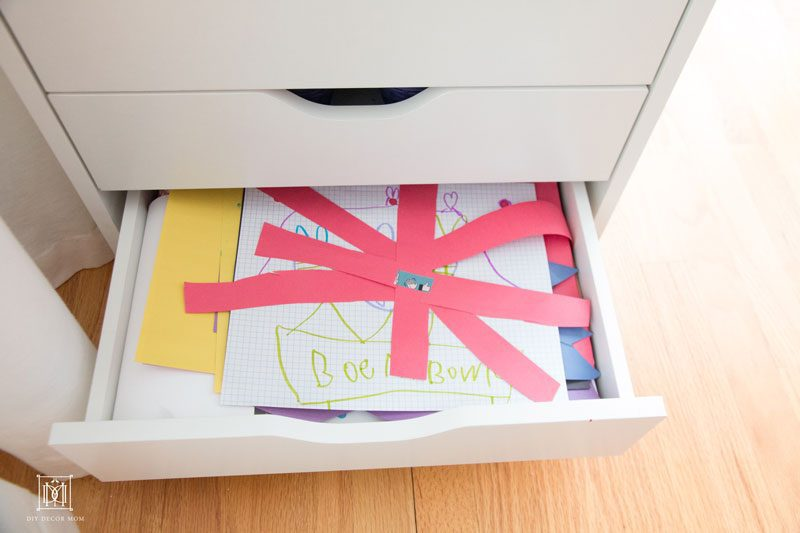 kids art storage--FINALLY get a handle on your kids art supplies!