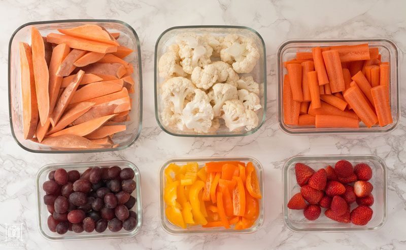 Mom Hacks for Clean Eating: New Years Resolutions by popular mom blogger DIY Decor Mom
