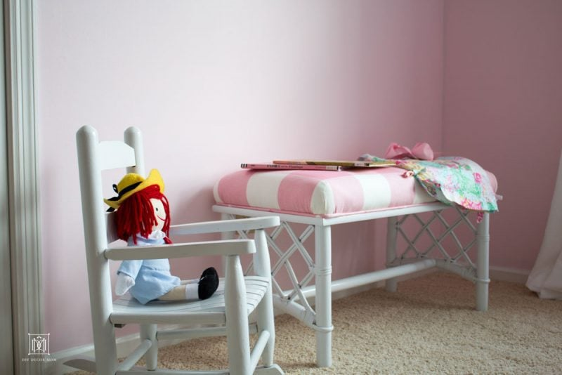 shared girls room decor ideas DIY pink buffalo check chinoiserie bench
