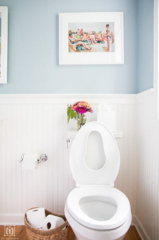 quick bathroom cleaning tips for busy moms