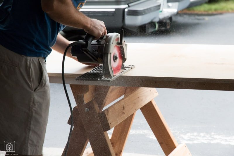 how to cut down a piece of plywood