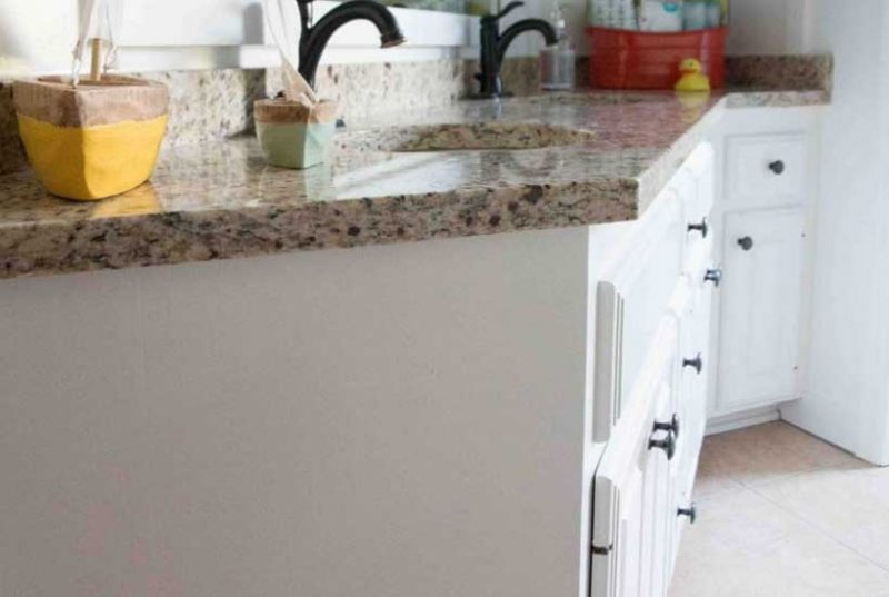 benjamin moore cabinet paint- picture of BM painted cabinets