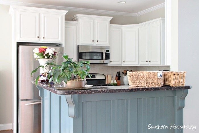 Tremendous Benjamin Moore Cabinet Paint Is It Worth The Money Diy Home Interior And Landscaping Ologienasavecom