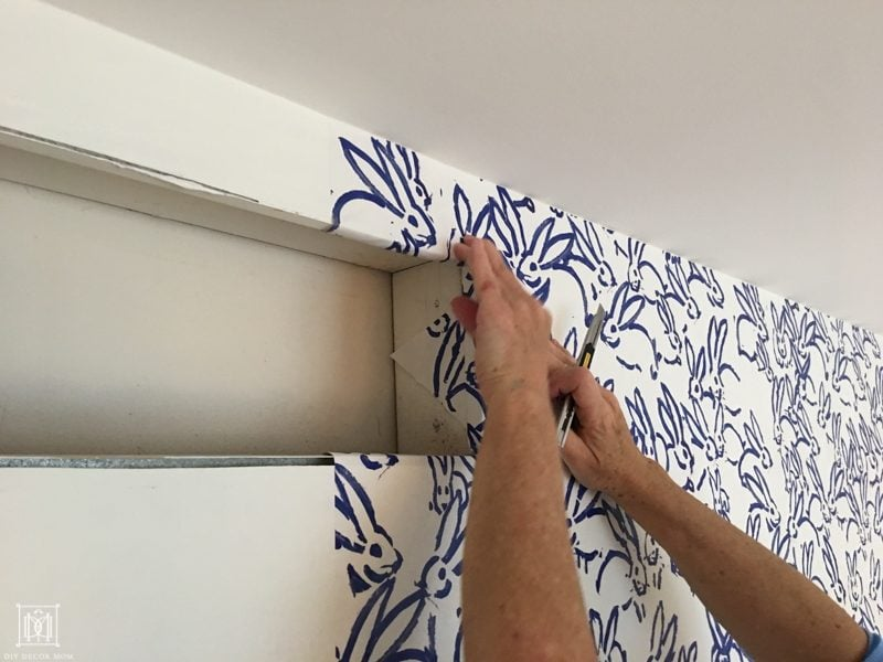 how to wallpaper around vents