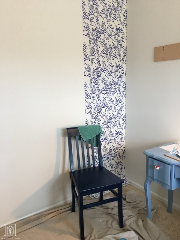 how to start hanging wallpaper