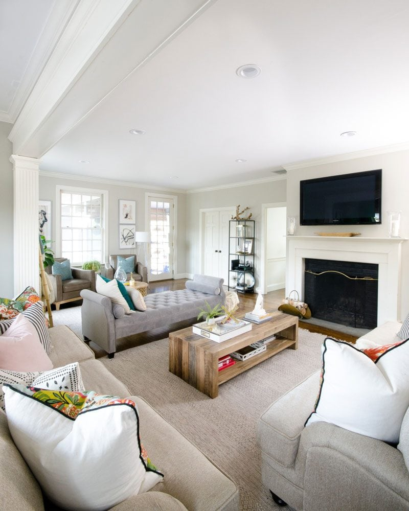 edgecomb gray family room by chronicles of home
