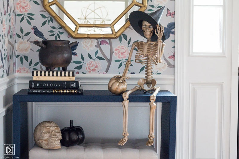 how to decorate for halloween without using orange