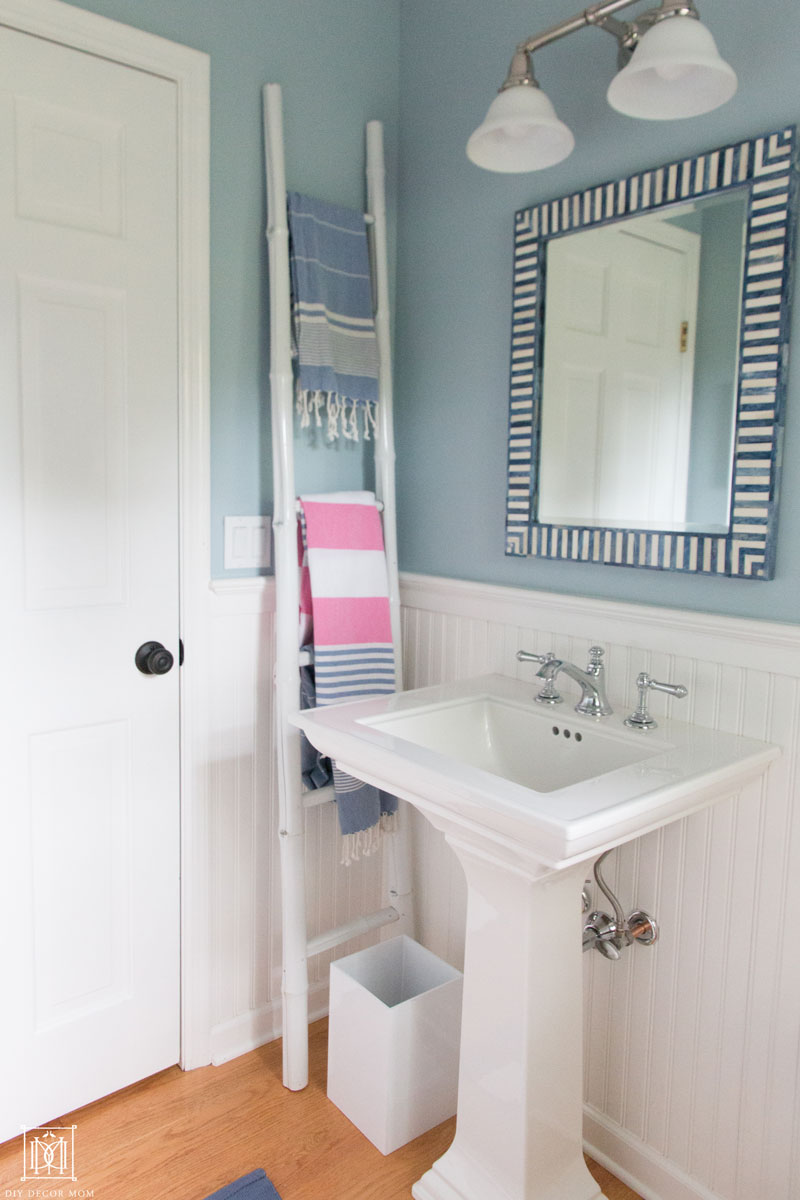 things to make a small bathroom look big
