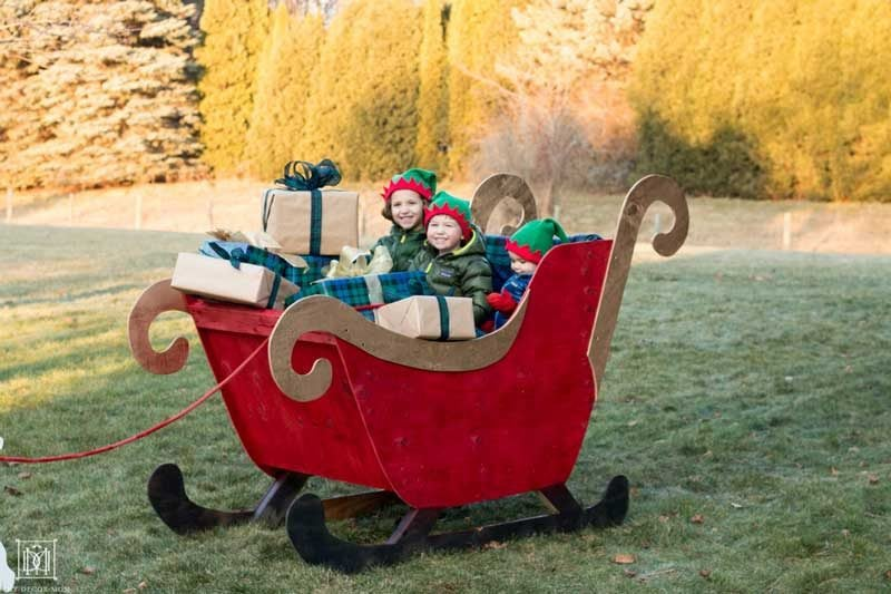 how to make your own santa sleigh your kids can sit in