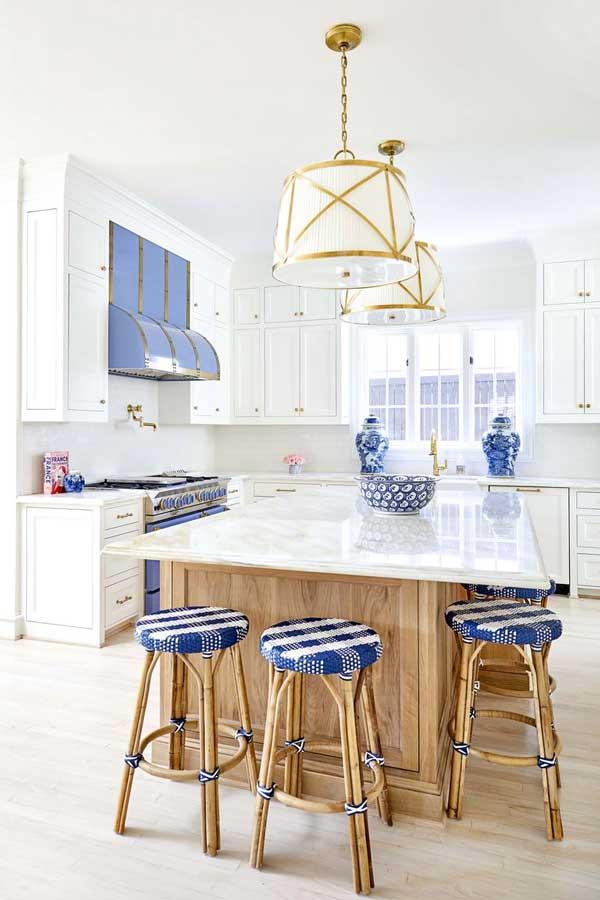white dove kitchen with white cabinets