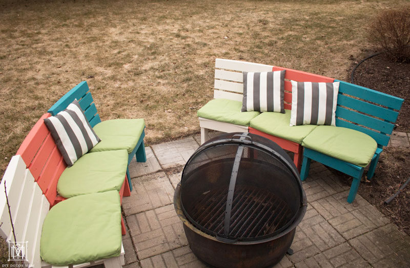 two curved diy fire pit benches that you can build