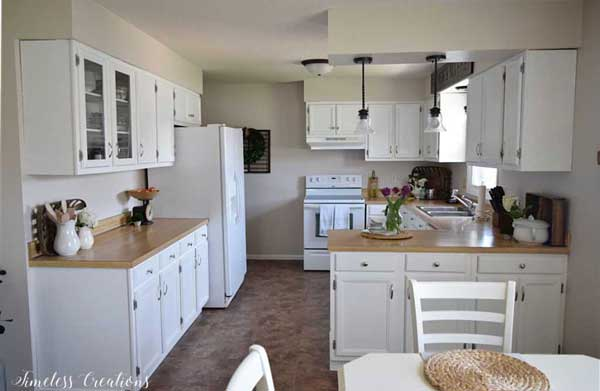 White Painted Kitchen Cabinets