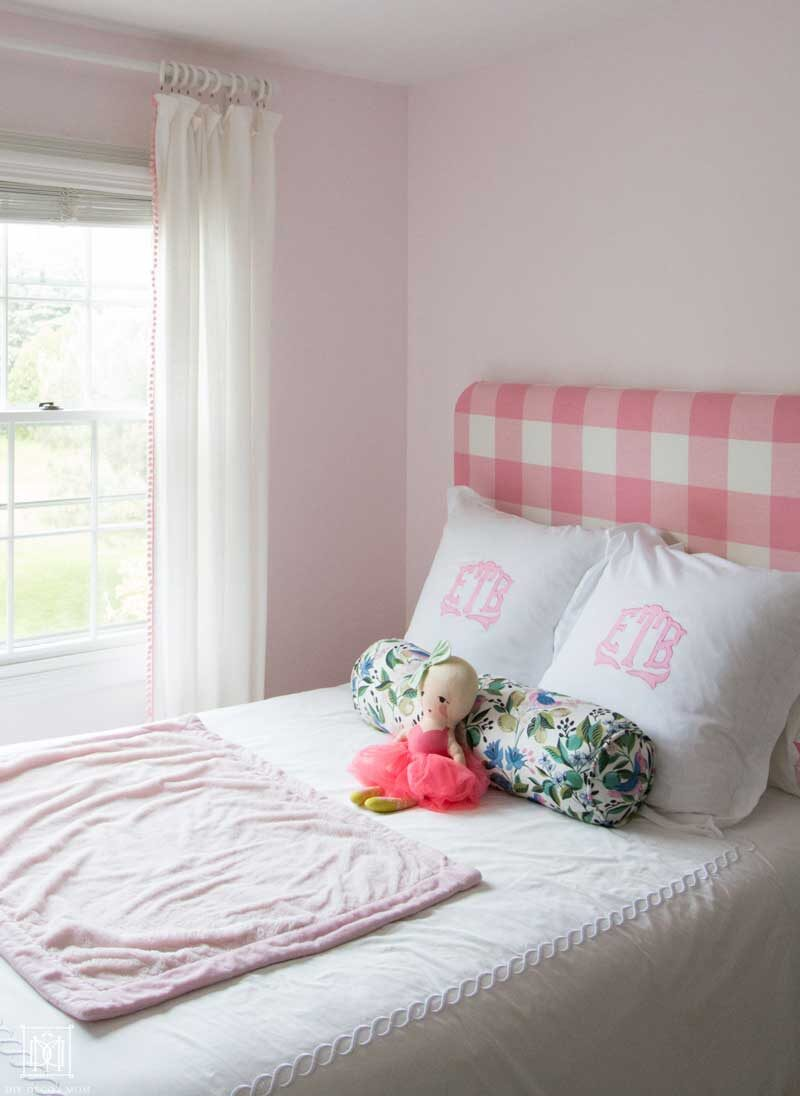 girls bedroom decor ideas- monogrammed bedding
