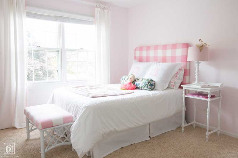 light pink girls bedroom