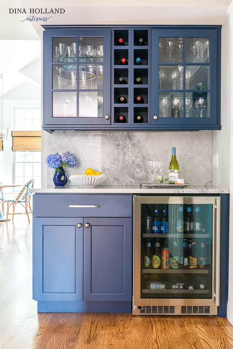 SW Naval bar with marble backsplash and beverage cooler- design by Dina Holland Interiors pic by Jessica Delaney